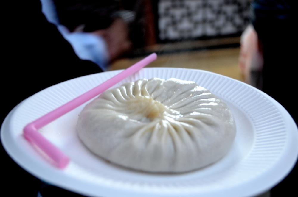 Giant Soup Dumpling, Xiao Long Bao, Yuyang garden, Shanghai, China